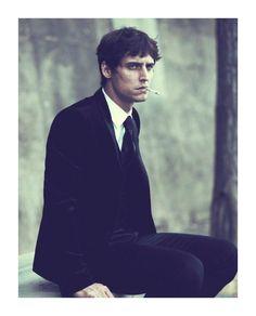 This look, minus the cigarette. Sebastien Andrieu