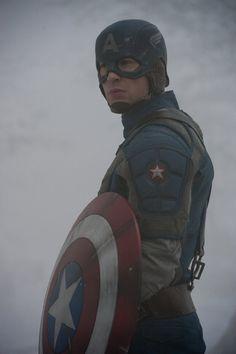 Still of Chris Evans in Captain America: The First Avenger