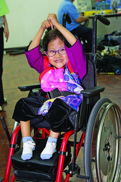 For Kids: Great ways to help someone who uses a wheelchair feel welcome!