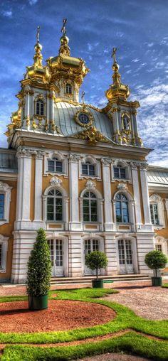Russian Architecture, Beautiful Architecture, Beautiful Buildings, Beautiful Places, Places Around The World, Around The Worlds, Peterhof Palace, St Petersburg Russia, Royal Residence