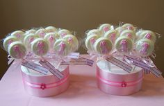 This with a 2 Lollipop Display, Chocolates, Chocolate Lollipops, Girl Christening, Fruit Arrangements, Candy Buffet, 1st Birthday Parties, Baby Shower Parties, Cake Designs