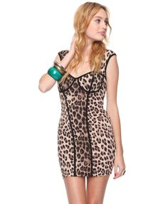 kar-trashian-esque dress, found at forever 21. hey, might as well - while i still can... ;)