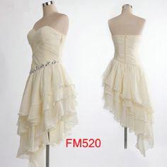 Cocktail-Length Sleeveless Beading Chiffon Bridesmaid Dresses Short Prom Dresses Formal Evening Dresses Party Dresses Asymmetrical Dress Pretty White Layered Simple Wedding Dress