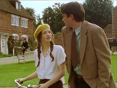'The Moving Finger' 2006 starring Talulah Riley as Megan Hunter and James D'Arcy as Jerry Burton. Agatha Christie's Marple, Agatha Christie's Poirot, Hercule Poirot, Tallulah Riley, The Moving Finger, Pride And Prejudice 2005, James D'arcy, Storybook Cottage, Miss Marple