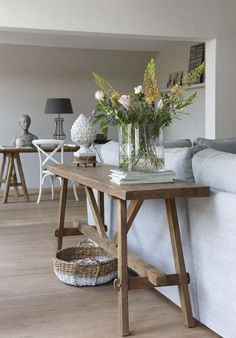 For the perfect blend of farmhouse charm and elegance, click through for the rustic console tables to get that rustic chic vibe just right. | http://modernconsoletables.net/rustic-modern-console-tables/ | #rusticdecor #modernconsoletables