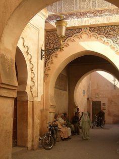 MOROCCO - CASABLANCA. Qué hermosa decoración en el arco.