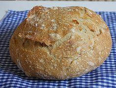 Chleba bez hnětení - aneb můj bestseller mezi chleby Czech Recipes, Russian Recipes, Bread Recipes, Cooking Recipes, Bread And Pastries, Home Baking, Pizza Dough, Bread Baking, Good Food