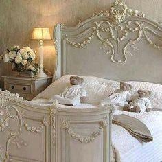 Shabby Chic Homes Shabby Cottage, Shabby Chic Homes, Shabby Chic Decor, Chabby Chic, Home Decor Furniture, Home Furnishings, Home Bedroom, Bedroom Decor, Master Bedroom