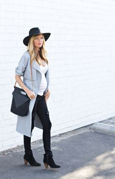 Sarah Sherman Samuel:my (bump) style: fall trench & ripped jeans Cute Maternity Outfits, Fall Maternity, Maternity Dresses, Maternity Fashion, Maternity Styles, Maternity Swimwear, Pregnancy Wardrobe, Pregnancy Outfits, Maternity Wardrobe