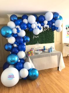 Custom blues for Zac's first birthday party 💙 . First Birthday Decorations Boy, First Birthday Balloons, Baby Boy Decorations, Balloon Decorations, Blue Birthday Cakes, Prince Birthday Party, Blue Birthday Parties, Its A Boy Balloons, White Balloons