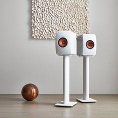 LS50W Powered Music System | Sophistication, submerging you in stunning sound . . . . . . . . #kef #ls50w #ls50 #ls50wireless #poweredspeakers #hifi #audio #audiophile #luxury #stereo #homeaudio #design #interiordesign #fashion #art #sound #music #vinyl #hometheater #spotify #tidal #connectivity #soundsgood