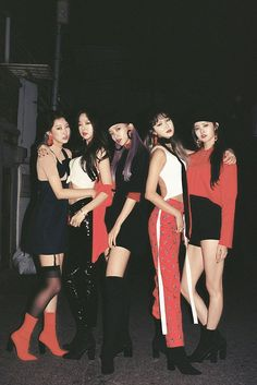 """short for """"ExceedinDreaming""""),is a South Korean girl group formed in The group currently consists of five members: Solji , LE , Hani , Hyelin and Jeonghwa . EXID debuted in February with the single &. Hani, Kpop Girl Groups, Korean Girl Groups, Kpop Girls, Exid Kpop, Entertainment, Fandom, Stage Outfits, Ulzzang Girl"""