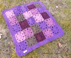 MYGGANS SURR: gaffelvirkad filt i egen design Diy Design, Blanket, Crochet, Blankets, Knit Crochet, Crocheting, Comforter, Chrochet, Hooks