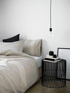 pendelleuchte-schlafzimmer-lampen-holzboden-teppich-grau-resized, Mobel ideea
