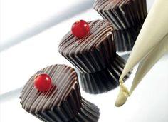 Bicchierino cioccolato con crema al cioccolato e caffè