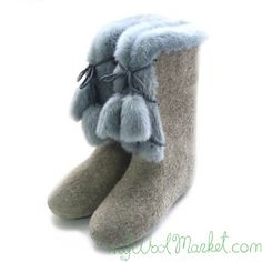 Women's grey woolen winter boots with fur and laces