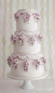 Wisteria Wedding Cake #weddingcakes