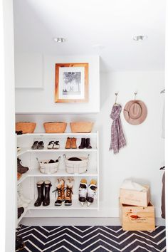 Love It Or List It Vancouver: Sally & Ed - Mudroom