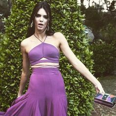 Mega babe #KendallJenner wearing the #Cannes red carpet must-have: the #PaulaCademartori Cocca Clutch available at #Elodiek.com & in-store!  #ItBag #BOTD