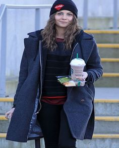 *EXCLUSIVE* Willa Holland stays warm going to Starbucks for a cold drink [NO Canada]
