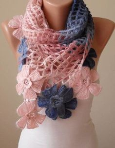chalinas a crochet para mujeres con flores Stylish Dresses, Ponchos, Tejidos, Women