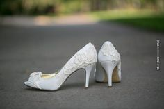 Wow! - Ivory Wedding Heels by Walkin On Air | CHECK OUT MORE GREAT WHITE WEDDING IDEAS AT WEDDINGPINS.NET | #weddings #whitewedding #white #thecolorwhite #events #forweddings #ilovewhite #bright #pure #love #romance