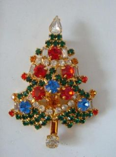 Vtg Christmas Tree Pin Brooch Multi Colored Rhinestone Crystals Dynamite | eBay