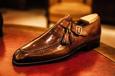 The art of the gentleman. Top Shoes For Men, Formal Shoes For Men, Men's Shoes, Shoe Boots, Shoes Men, Gentleman Shoes, Mens Fashion Shoes, Dress Fashion, Fashion Women