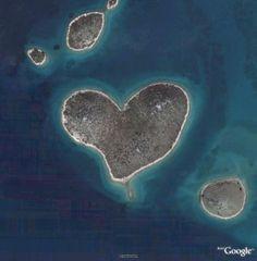 ハートの島 ガレシュニャク島(クロアチア)