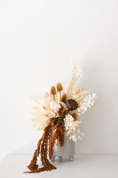 Beautiful dried flower arrangements for your home, your workplace reception counter or wedding. Explore our ready-made floral and ceramic vessel designs. Dried Flower Arrangements, Dried Flowers, Reception Counter, Home Salon, How To Preserve Flowers, Sunshine Coast, Table Centerpieces, Home Decor Inspiration, Preserved Flowers
