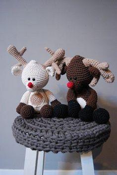Rudolph the Reindeer amigurumi crochet pattern by Woolytoons Crochet Winter, Holiday Crochet, Christmas Knitting, Crochet Gifts, Cute Crochet, Crochet Amigurumi, Amigurumi Patterns, Crochet Dolls, Crochet Patterns