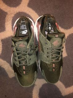 f1f201c93b808 BRAND NEW IN BOX WOMEN WMNS NIKE AIR HUARACHE RUN OLIVE GREEN SIZE 7  #fashion