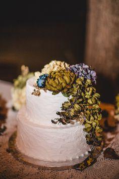 White Wedding Cake Rustic