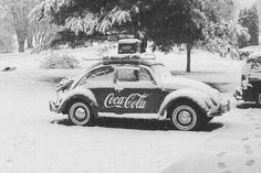 Everything CocCola - - Volkswagen Beetle Coca Cola Ice cold coke. Auto Volkswagen, Vw T1, Volkswagen Germany, Volkswagen Beetle Vintage, Vw Coccinelle Cabriolet, Combi Wv, Van Vw, Vw Beach, Kdf Wagen