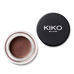 KIKO launches Cream Crush Eyeshadow: the new long-lasting cream eyeshadow. Discover online all the shades with matte or shiny finishes. Kiko Milano, Color Shampoo, My Makeup Collection, Cream Eyeshadow, Winged Eyeliner, Perfume, Shades, Cosmetics, Beauty