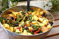 Kung Pao Chicken, Paella, Nom Nom, Brunch, Meat, Dinner, Ethnic Recipes, Food, Prom Dresses