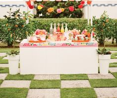 southern wedding lilly pulitzer juice stand