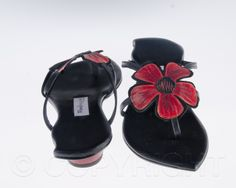 Red and black renaissance sandals by Pendragon Shoes | photo copyright Bibiana Stanfield at commercialphotography4u