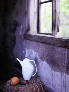 Lys Tableware   Photo: Siren Lauvdal   Styling: KråkvikD'Orazio