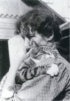 "30 Renowned Authors Inspired By Cats : Edith Södergran"" Swedish-speaking Finnish poet. I Love Cats, Cool Cats, Celebrities With Cats, Cat People, All About Cats, Vintage Cat, Cat Art, Cat Lovers, Dog Cat"
