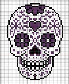 Celebrate the Day of the Dead in retro 8 bit, pixel art style with these cute Perler bead sugar skull magnets. Description from pinterest.com. I searched for this on bing.com/images