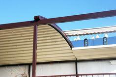 Pergola Curbata Retractabila Garage Doors, Outdoor Structures, Outdoor Decor, Home Decor, Homemade Home Decor, Decoration Home, Interior Decorating