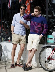 Mens Style - Casual stay cool w/ good shorts  don't be afraid to dress it up a bit