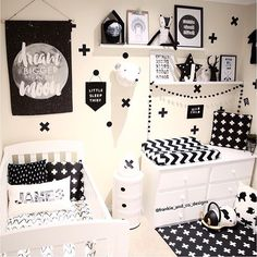 """I❤️ this cute monochrome nursery by @frankie_and_co_designs"""