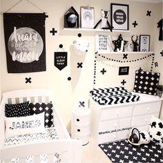 """""""I❤️ this cute monochrome nursery by @frankie_and_co_designs"""" Liapela.com"""