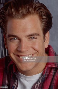 News Photo : Michael Weatherly promotional photo for the soap...