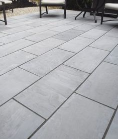 Natural Variegated Pennsylvania Bluestone pavers are very popular for patios, walkways, and pools. Bluestone Paving, Paver Stone Patio, Sandstone Pavers, Limestone Pavers, Pool Paving, Granite Paving, Outdoor Pavers, Travertine Pavers, Patio Slabs