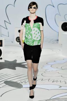 Diane von Furstenberg Resort 2012 Collection Slideshow on Style.com