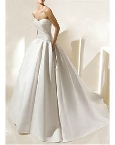 Simple Satin Sweetheart Wedding Gown! with pockets