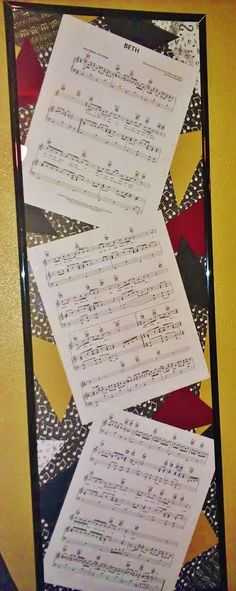This is artwork I made for my son's room. His room theme is music. This is the sheet music to his favorite song placed on cut up scraps of music scrapbook paper, all placed neatly in a poster frame. we could do it with a disney song! Music Themed Rooms, Music Themed Parties, Teen Girl Bedrooms, Teen Bedroom, Diy Bedroom, Music Bedroom, Music Studio Room, Bedroom Themes, Bedroom Ideas